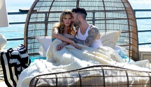 Image of: Truck Maroon Never Gonna Leave This Bed Serperuanocom Maroon Presenta Videoclip De Su Nueva Canción Serperuanocom
