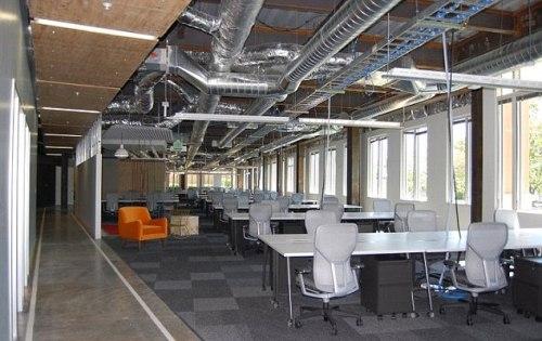 Fotos facebook estrenar nuevas y sorprendentes oficinas for Diseno oficinas industriales