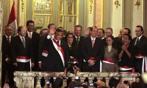 Ollanta humala tom juramento a gabinete ministerial for Ministros del peru