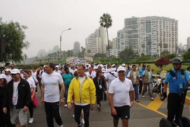 Con éxito se realizó Caminata Deportiva en el marco de la ...