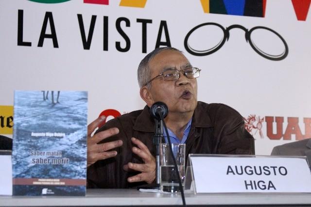 Augusto Higa, ganador del VI Premio de Novela Breve de la CPL 2014