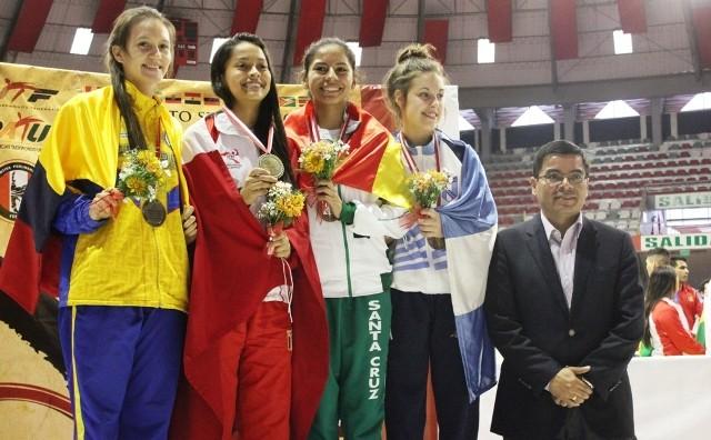 1-6 TE - Podio Mariam Muñoz - Saul Barrera