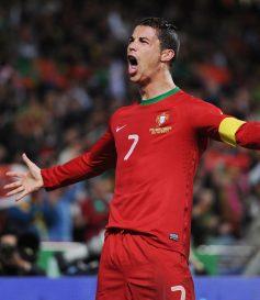 Nov. 15, 2013 - Lisbon, Portugal - CRISTIANO RONALDO celebrates scoring Portugal's first goal during Portugal v Sweden 2014 World Cup Qualifying European Zone Play-Off First Leg at Estadio da Luz. (Credit Image: © Alex Morton/Action Images/ZUMA24.com)