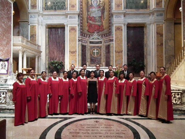 coro-femenino-de-la-pucp