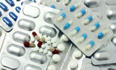 14971467-medicina-envoltura-de-p-ldoras-y-pastillas-foto-de-archivo